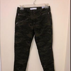 Skinny Camo jeans